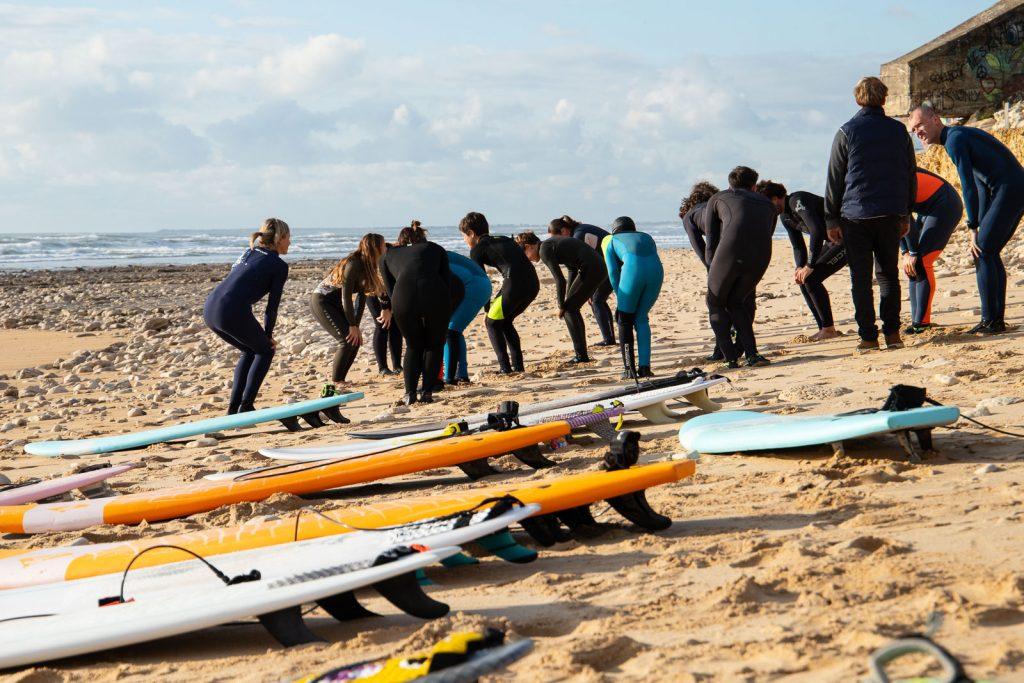 échauffement pendant cours de surf