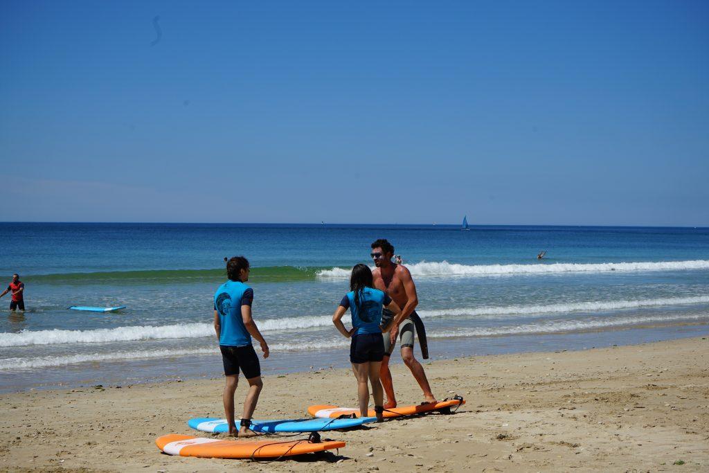 cours particulier de surf ile de ré vagues leçon
