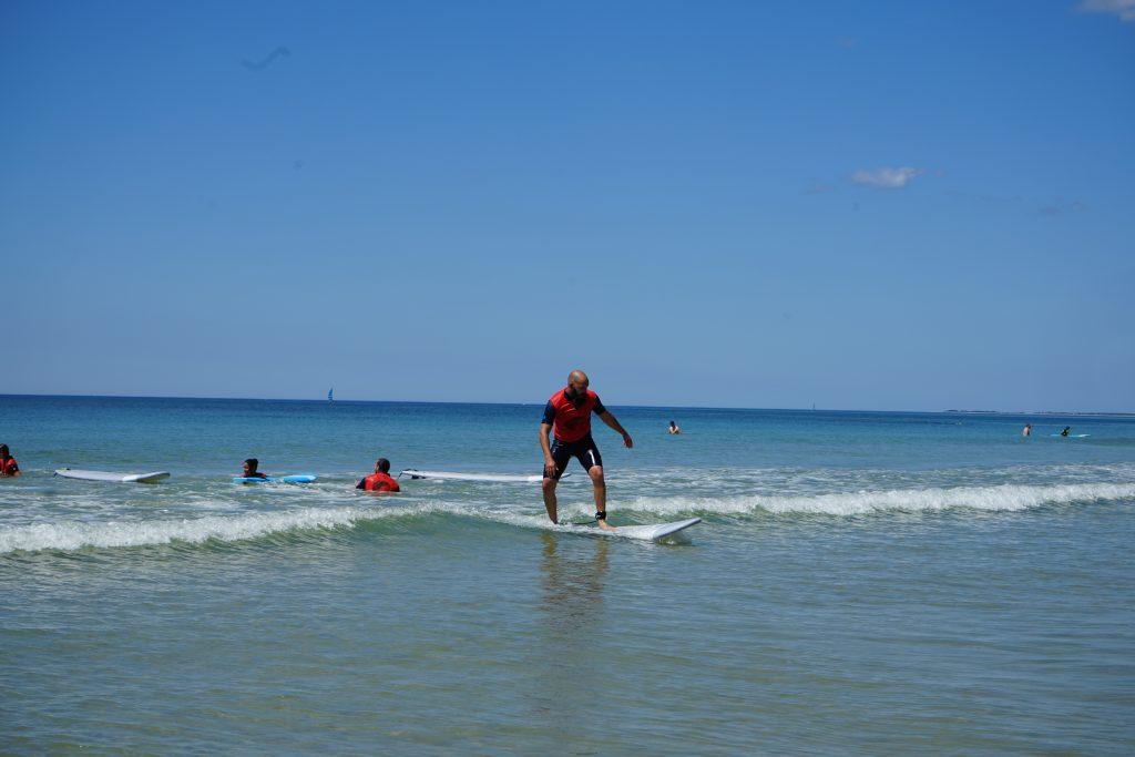 cours de surf initiation ile de ré plage du pas des boeufs